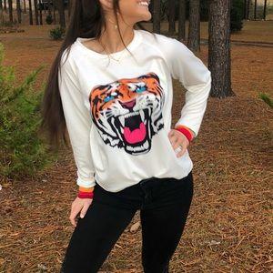 Sweaters - Colorful tiger sweatshirt